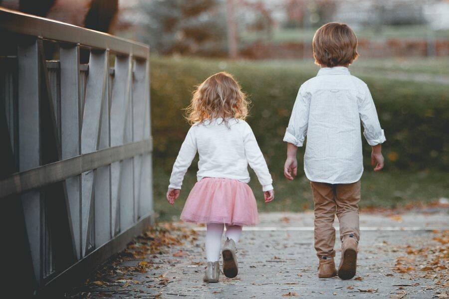 Porówneo: Jak zorganizować wakacje z dzieckiem?