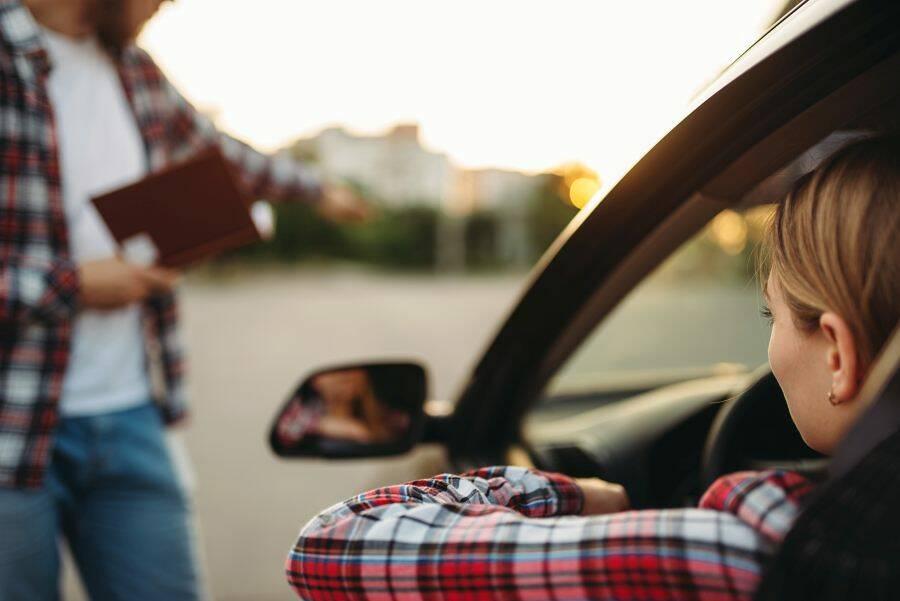 Porówneo: Ile kosztuje prawo jazdy?