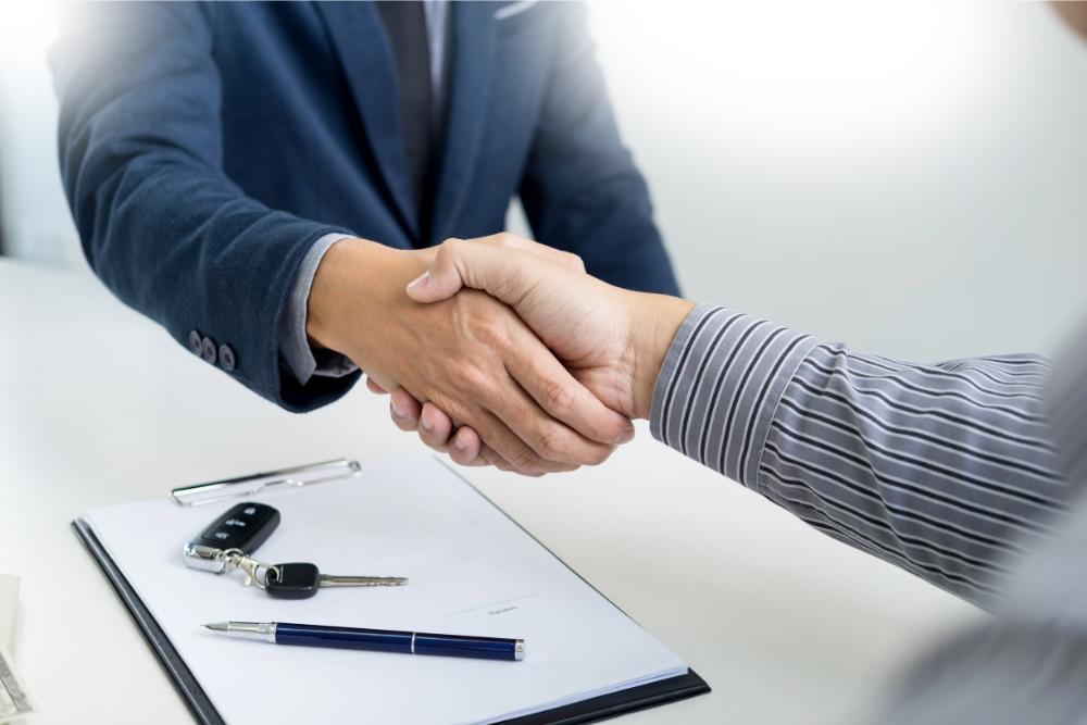 Porówneo: Umowa kupna sprzedaży samochodu – wzór PDF do pobrania
