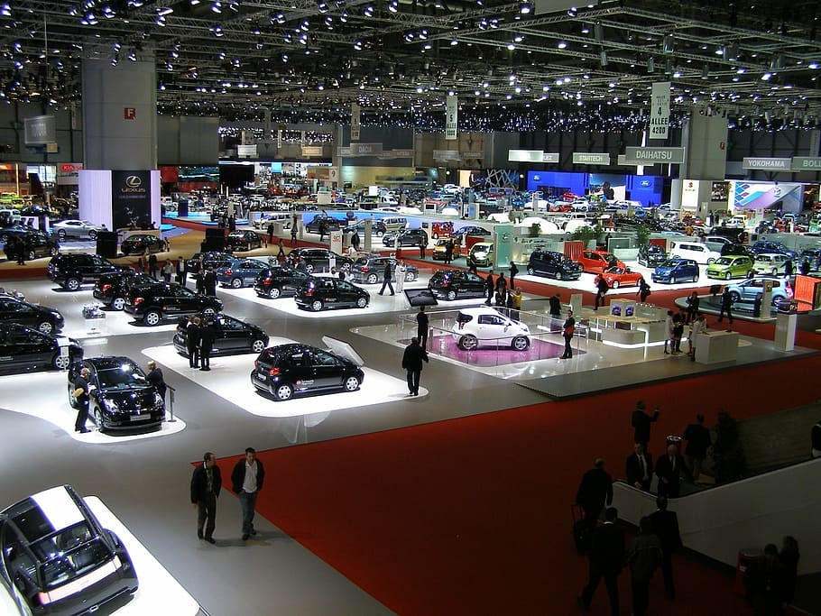 Porówneo: Jak będzie wyglądał przemysł motoryzacyjny po epidemii?