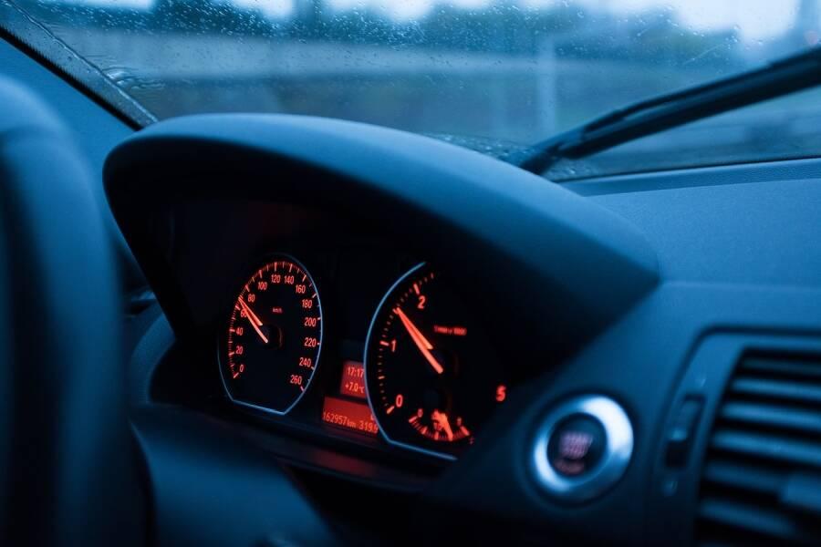 Porówneo: Taryfikator mandatów 2020 – ile zapłacą kierowcy?