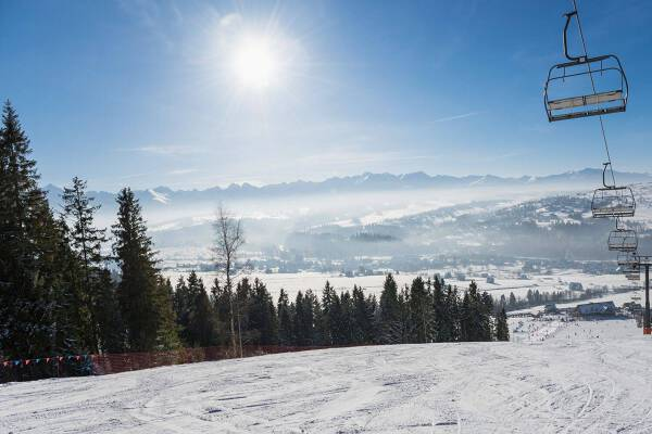 Porówneo: Pomysły na ferie zimowe w Polsce