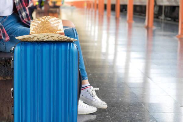 Porówneo: Wyjazd za granicę – jak sprawdzić, czy jest bezpieczny?