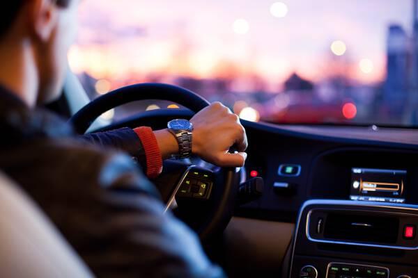 Porówneo: Ubezpieczenie samochodu Szczecin - ile kosztuje?